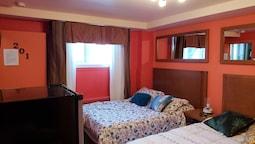 Standard Room, 2 Double Beds, Semi-basement