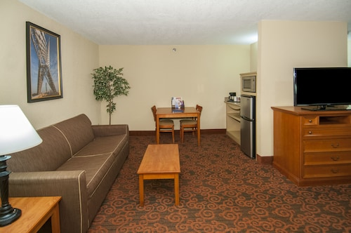 Governors Suites Hotel, Oklahoma