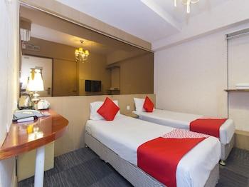 OYO 563 The Crown Borneo Hotel
