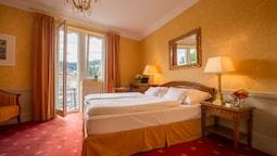 Classic Double Room, Balcony, Park View