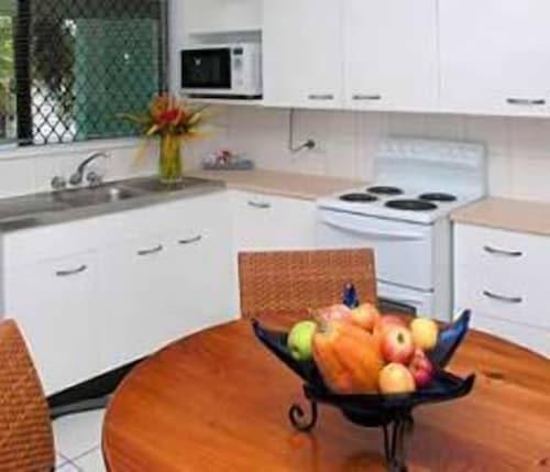 Castaways, Cairns - Northern Suburbs