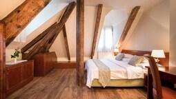 Apart Daire, 2 Yatak Odası, Küçük Mutfak, Şehir Manzaralı (2 Private Bedrooms)