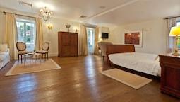 Family Süit, 2 Yatak Odası, 2 Banyolu (von Erlach Suite)