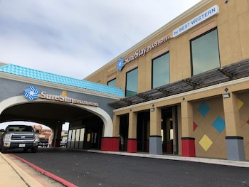 SureStay Plus Hotel by Best Western Lubbock Medical Center
