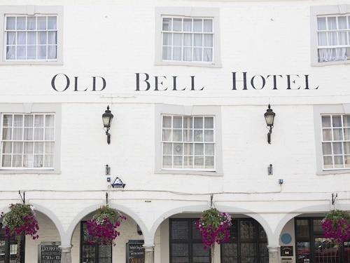 __{offers.Best_flights}__ The Old Bell Inn
