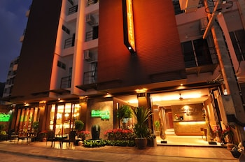 Hotel - Hemingway's Hotel