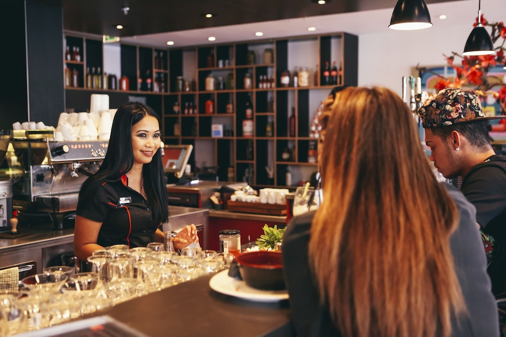 시티즌엠 호텔 글래스고(citizenM Hotel Glasgow) Hotel Image 18 - Hotel Bar