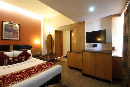 Hotel Sovereign, Daman