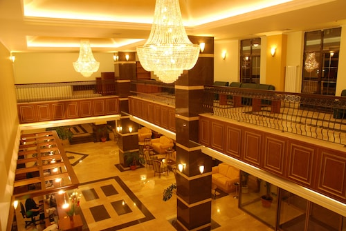 . Central Hotel