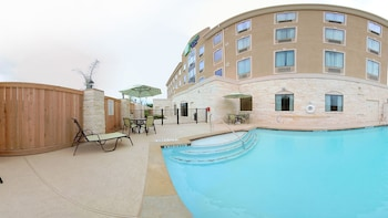Holiday Inn Express & Suites Houston South near Pearland