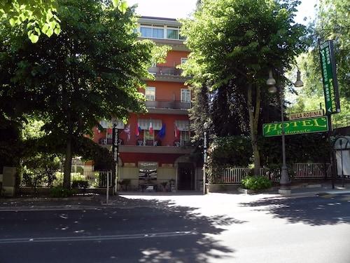 . Villa Robinia