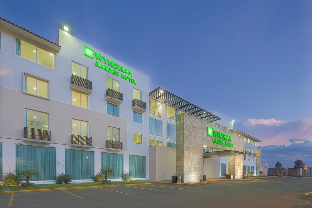 Wyndham garden silao bajio airport in silao id90 travel for Wyndham garden oklahoma city airport