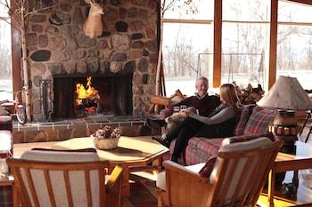 樺木飯店 Birchwood Inn
