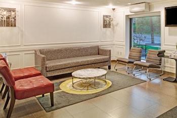 Hotel - Ramada by Wyndham Staten Island