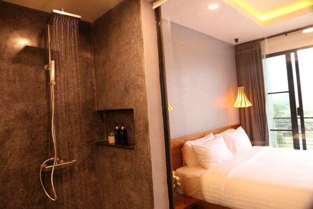 https://i.travelapi.com/hotels/4000000/3850000/3846900/3846873/01052ebb_z.jpg