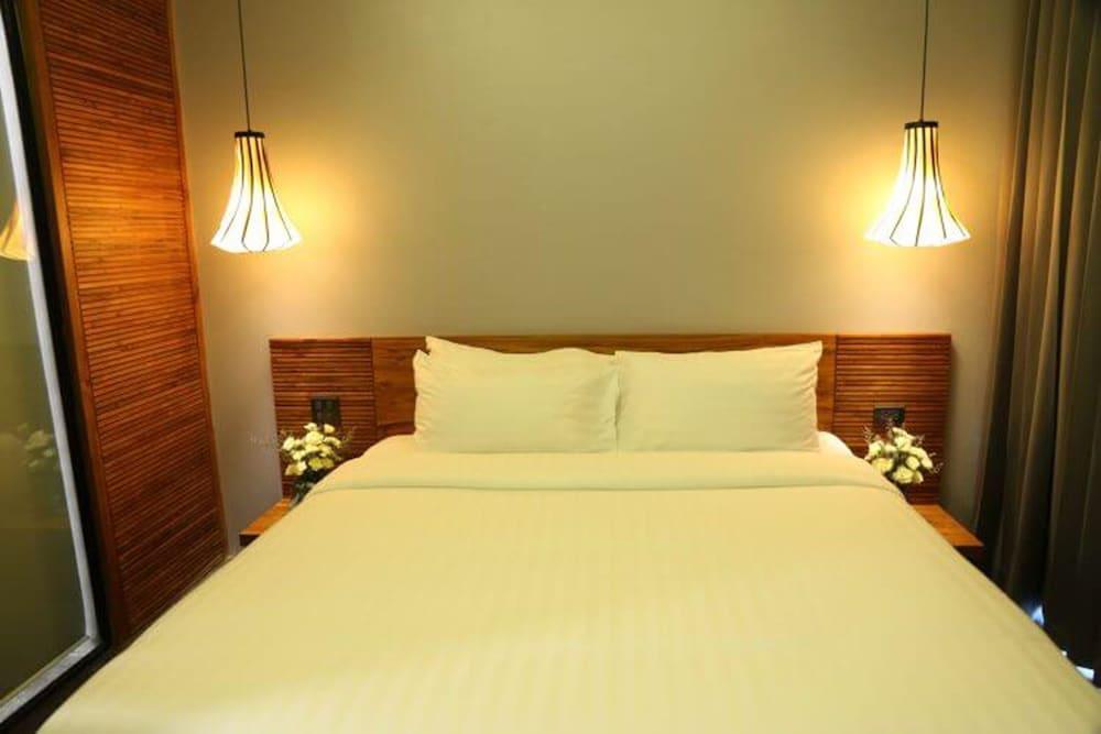 https://i.travelapi.com/hotels/4000000/3850000/3846900/3846873/386ebacb_z.jpg