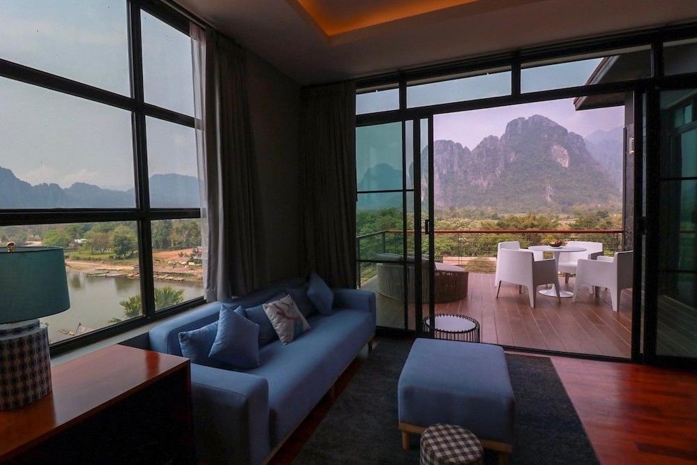 https://i.travelapi.com/hotels/4000000/3850000/3846900/3846873/61c0fc9c_z.jpg