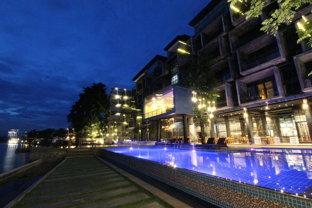 https://i.travelapi.com/hotels/4000000/3850000/3846900/3846873/76d74f12_z.jpg