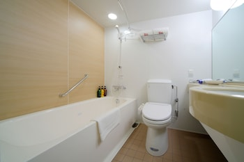 [International Returnees and Long Stay] Deluxe Double Room, Non Smoking (1 Person Use)