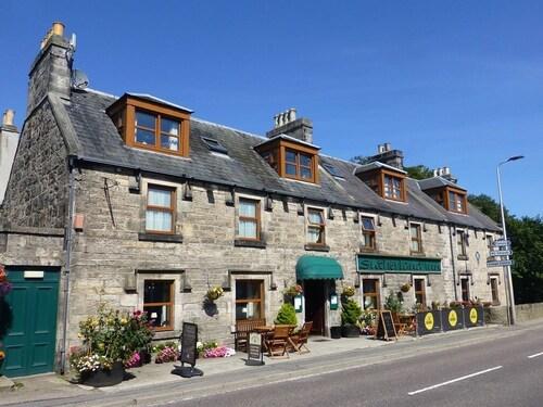. Sutherland Inn