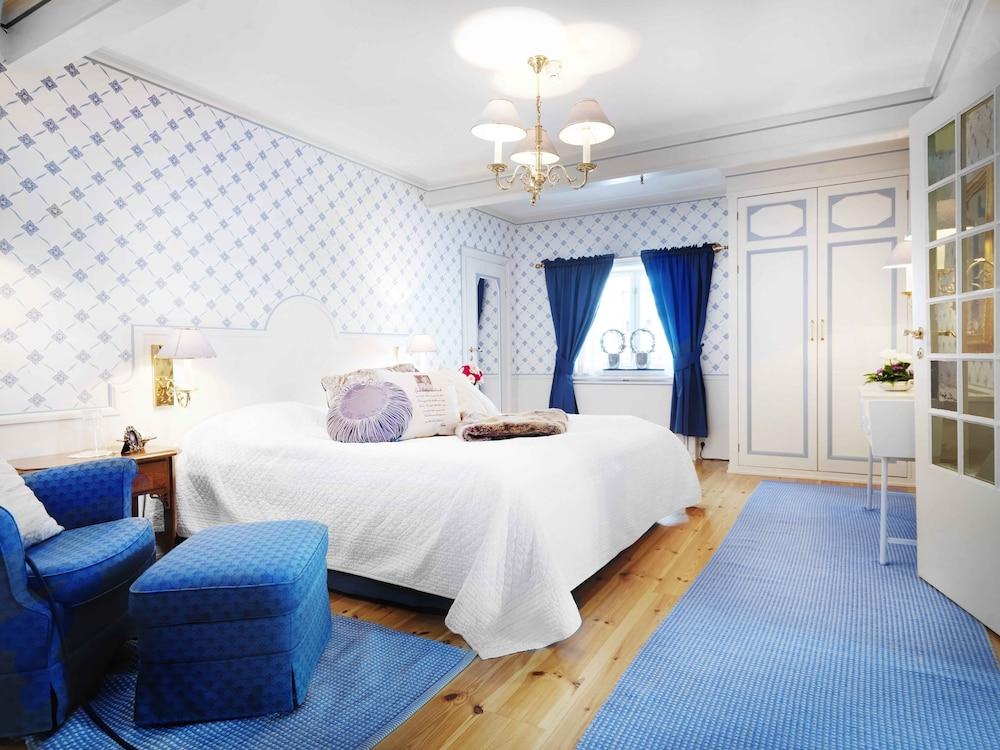 https://i.travelapi.com/hotels/4000000/3850000/3848400/3848322/6fd11959_z.jpg