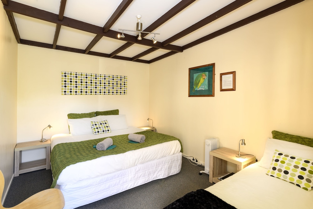 Kinloch Lodge - Hostel, Queenstown-Lakes
