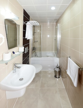 Hotel New House - Bathroom  - #0