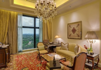 Grand Suite With Plunge Pool