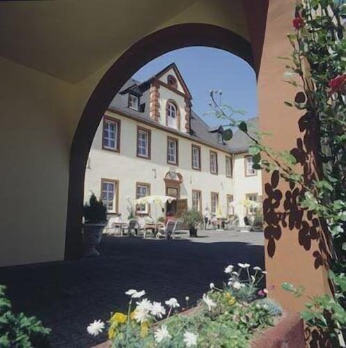 Schloßhotel Kurfürstliches Amtshaus, Vulkaneifel