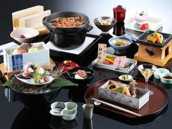 NAKANOBO ZUI-EN - ADULTS ONLY Food and Drink
