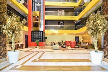 Hotel - Landmark Suites