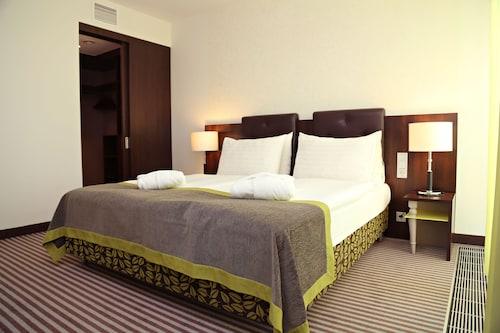 __{offers.Best_flights}__ Ambassador Hotel Kaluga