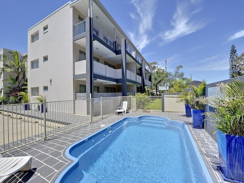 . Shoal Bay Beachclub Apartments