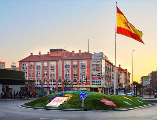 Torrejon de Ardoz - Hotel Madrid Torrejón Plaza - z Gdańska, 12 kwietnia 2021, 3 noce