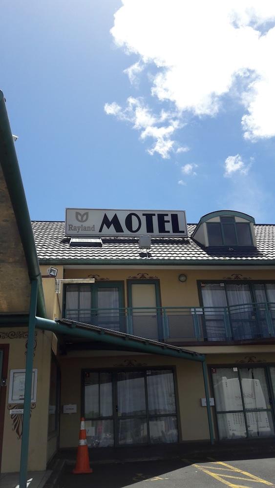レイランド モーテル