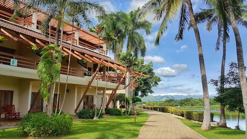 . Felix River Kwai Resort