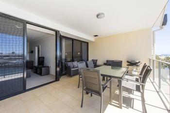 dolphin quay apartments mandurah wt au. Black Bedroom Furniture Sets. Home Design Ideas