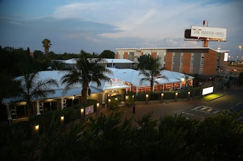 Hotel - The Aviator Hotel OR Tambo International Airport