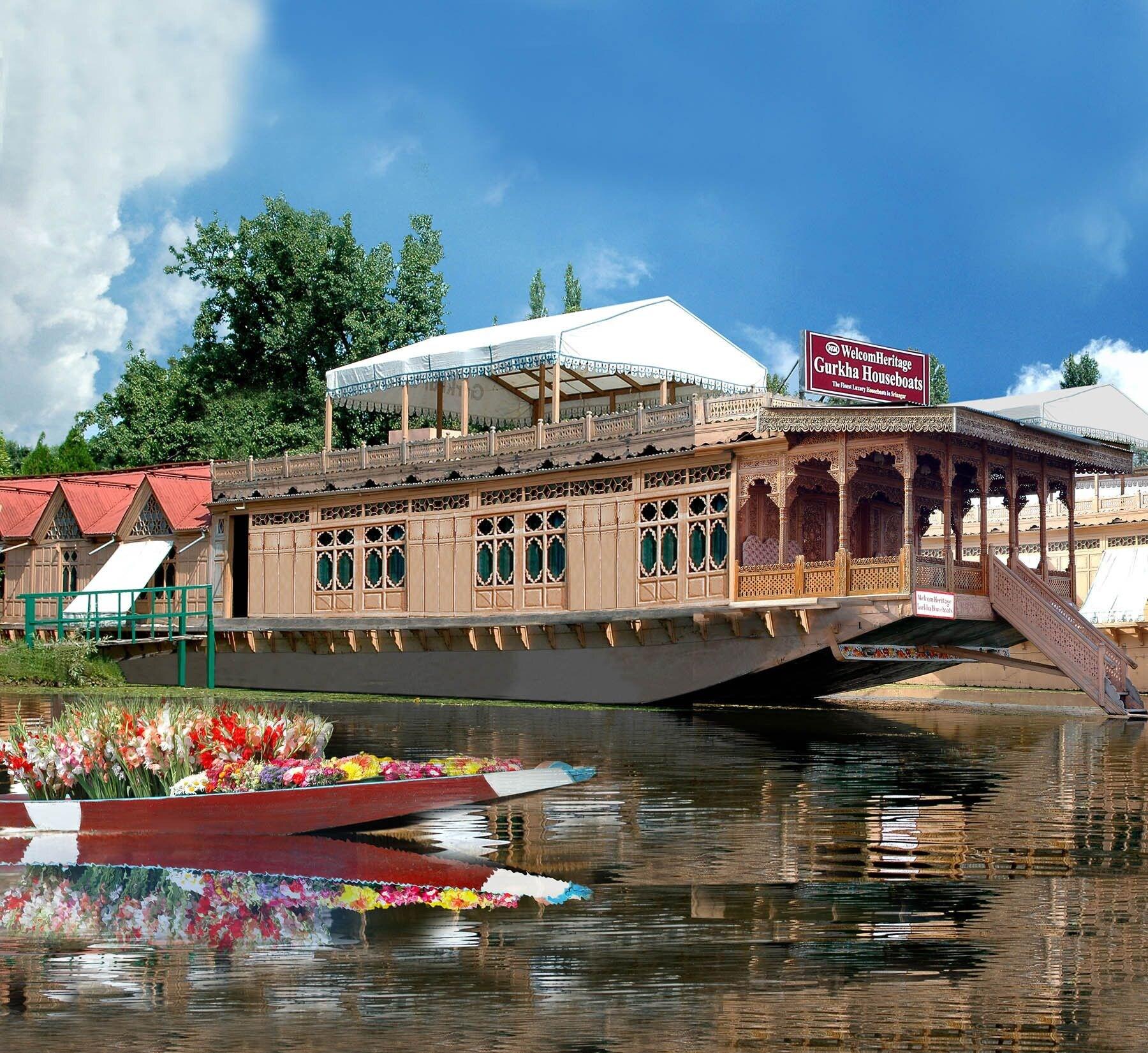 WelcomHeritage Gurkha Houseboats, Srinagar