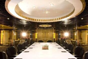 イン グ ハイ ホリデー ホテル