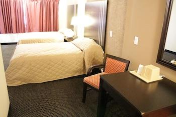 Superior Suite, 2 Bedrooms, Refrigerator & Microwave
