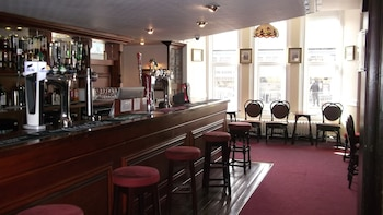 Hotel - The Patten Arms Hotel