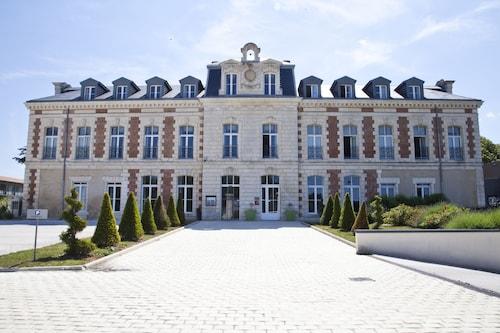 . Hôtel & Spa du Château