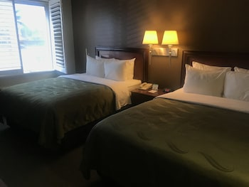 Room, 2 Queen Beds, Non Smoking (Pet Friendly)