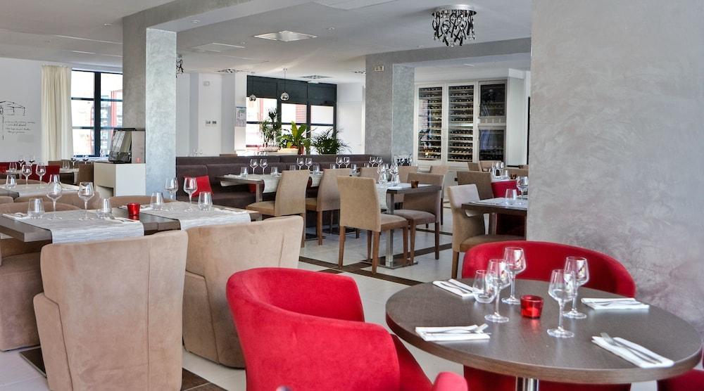 베스트 웨스턴 빌라 생 앙투앙(Best Western Villa Saint Antoine) Hotel Image 47 - Restaurant