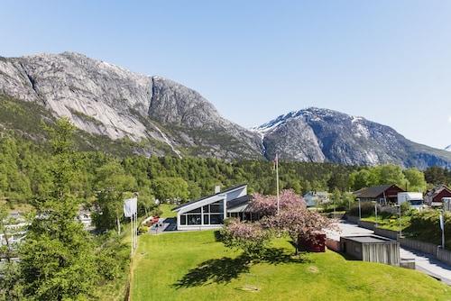 . Eidfjord Fjell & Fjord Hotel