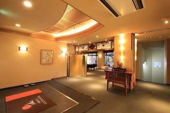 NISHIYAMA RYOKAN Interior Entrance