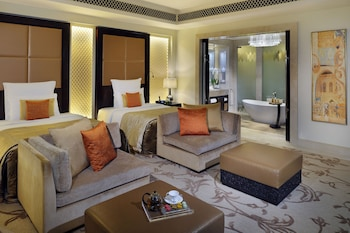 Premier Double Room, 2 Queen Beds (Palm Manor)