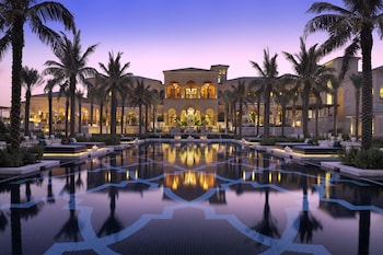 Book One&Only The Palm in Dubai.