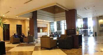 Hotel Santika Pandegiling Surabaya - Lobby Sitting Area  - #0